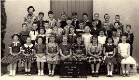 Grade 1-2, Mrs Flick